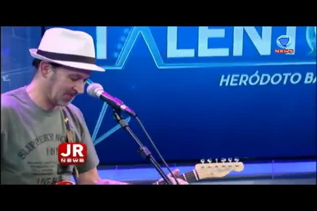 Duca Belintani mostra sua música no programa Talentos