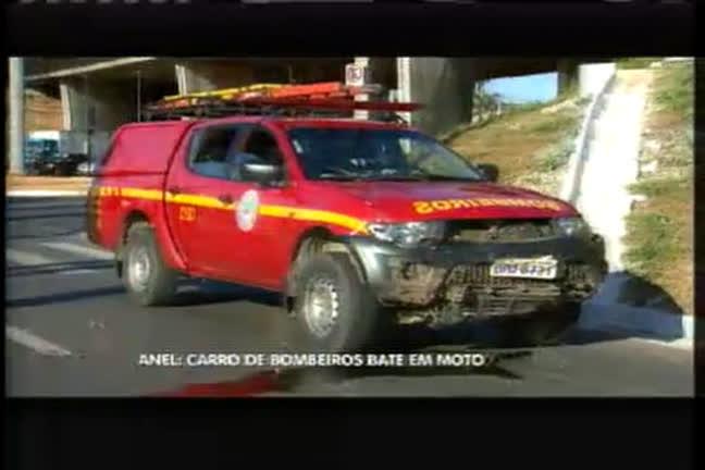 Motociclista morre em batida com carro do corpo de bombeiros ...