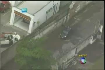 Chuva causa alagamentos em Salvador - Bahia - R7 Balanço Geral ...