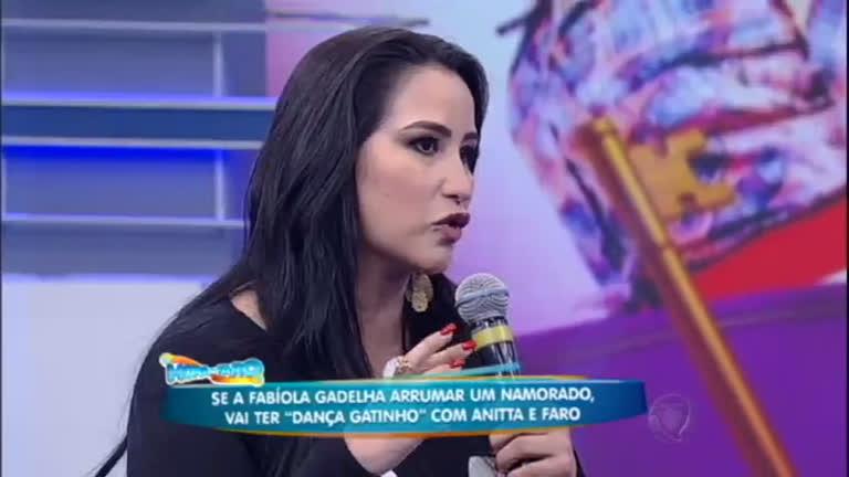 """Fabíola Gadelha dá fim ao mistério e revela se já teve um """"affair ..."""