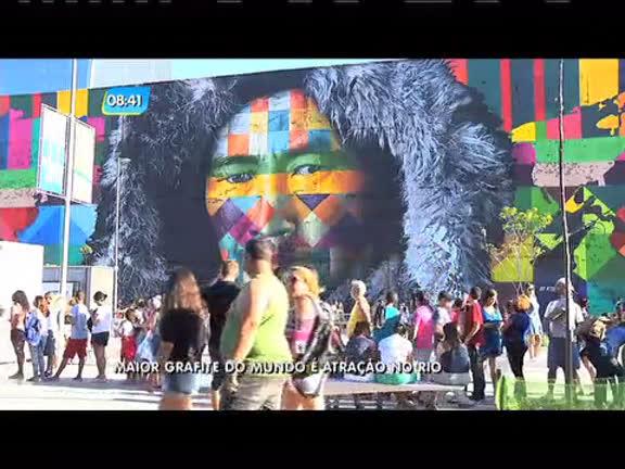 Maior grafite do mundo inspirado nos aros olímpicos faz sucesso no ...