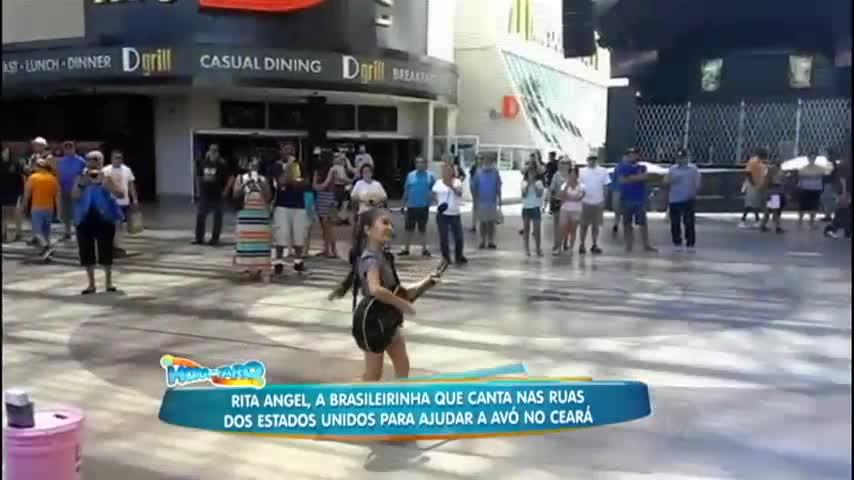 Rita Angel que canta nas ruas dos Estados Unidos fala sobre sua ...