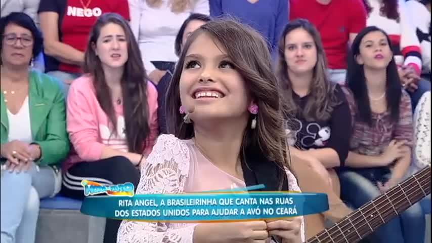 Muita fofura! Rita Angel canta no palco do Rodrigo Faro ...