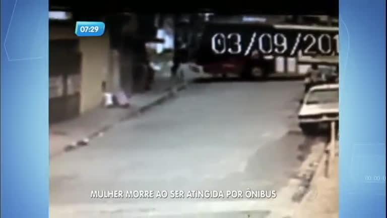 Mulher morre atropelada por ônibus em São Paulo - Notícias - R7 ...