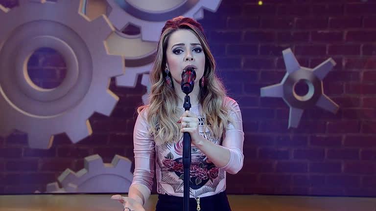 Sandy canta Escolho Você no palco legendário - Entretenimento ...