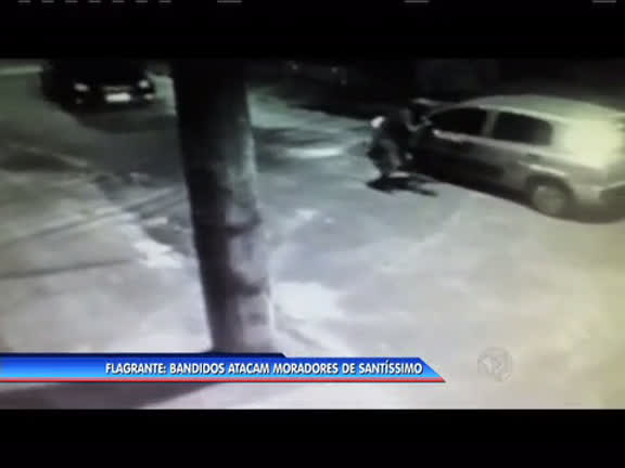 Bandidos atacam moradores de Santíssimo - Rio de Janeiro - R7 ...