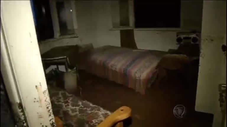 Chuvas fortes deixam três mortos no sul da Grécia - Notícias - R7 ...