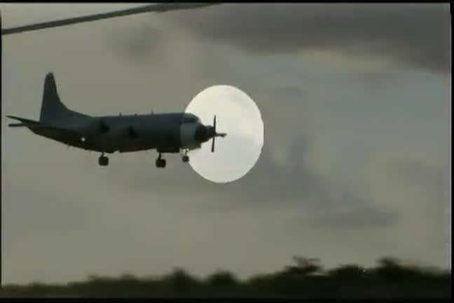 Avião faz pouso forçado em Salvador - Bahia - R7 Balanço Geral BA