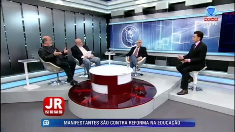 Silvio Caccia Bava analisa dados de pesquisa sobre democracia