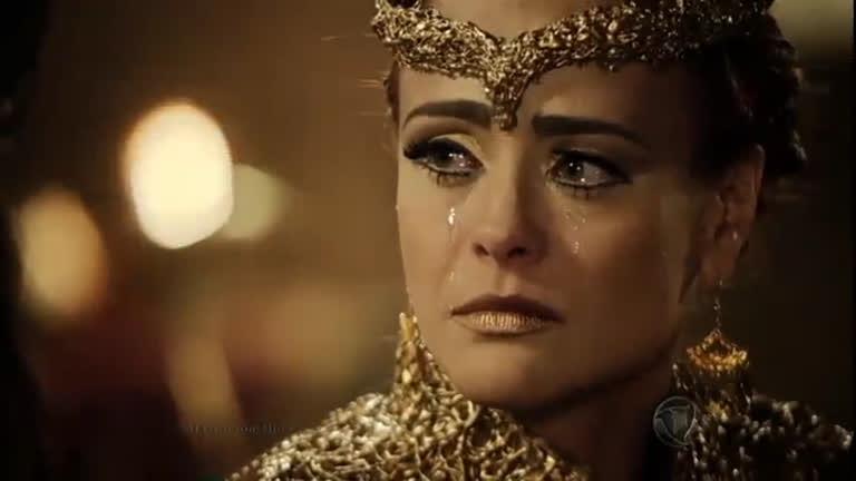 Kalesi fica furiosa ao acreditar que Sandor morreu