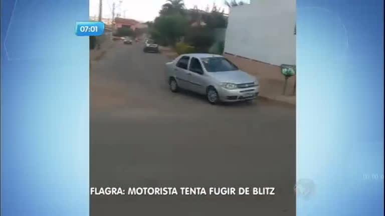Flagra: motorista tenta fugir de blitz em Brasília - Notícias - R7 ...