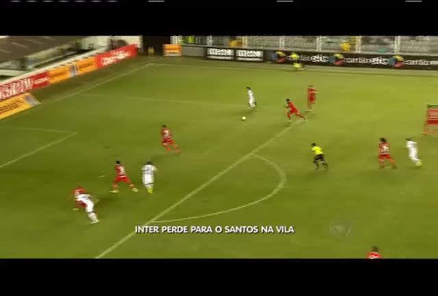 Inter perde para o Santos na Vila