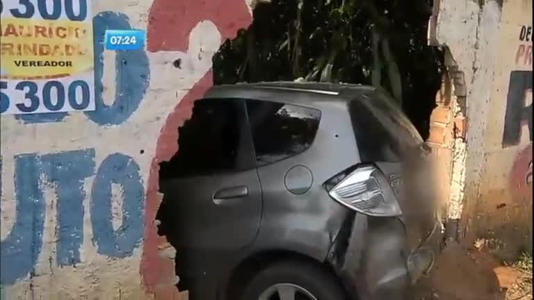Flagra: policiais e ladrões de carro trocam tiros em Salvador ...