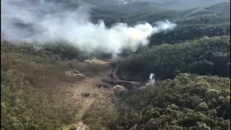 Caminhão com oito toneladas de dinamite explode no Paraná ...