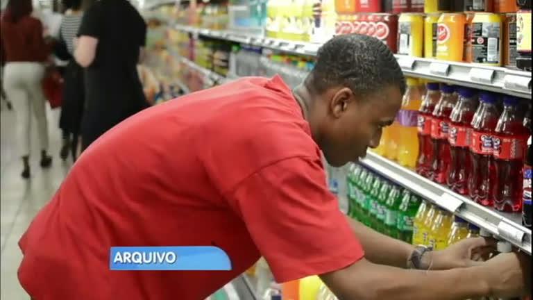 OMS recomenda o aumento de impostos para bebidas ...