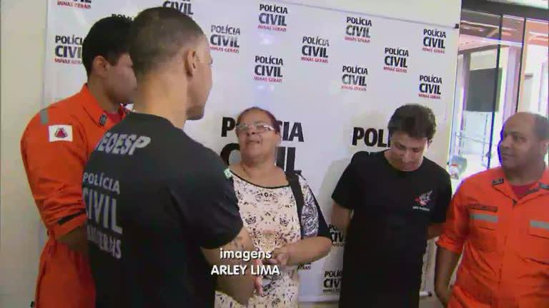 Sobrevivente da tragédia em Mariana revê equipe de resgate