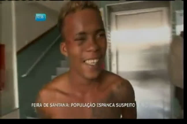 População espanca suspeito em Feira de Santana