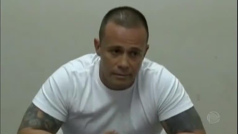 Após ser solto, líder de facção criminosa não comparece a julgamento
