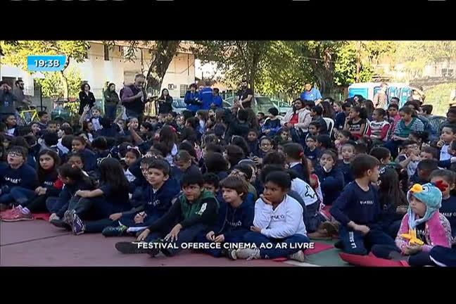 Festival oferece cinema ao ar livre