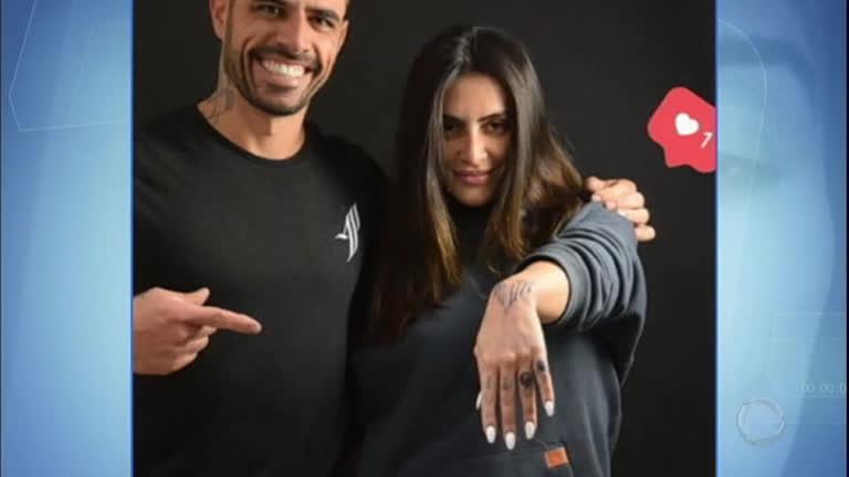 Horada Venenosa Cléo Pires Cobre Tatuagem Que Fez Para Ex Namorado