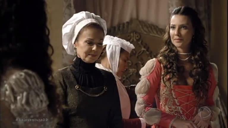 Lizabeta e Carmona divergem sobre amor e interesses do reino