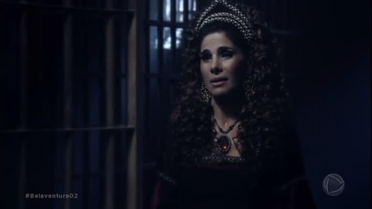 Na prisão, Marion chora e jura inocência ao rei Otoniel