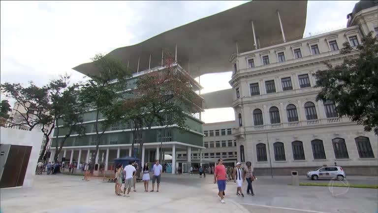 Resultado de imagem para Obra da Fundação Roberto Marinho teve dinheiro desviado de merenda, diz auditoria