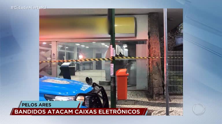 Criminosos atacam quatro caixas eletrônicos em Angra dos Reis (RJ) - R7