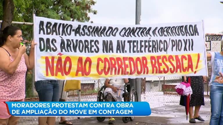 Moradores de Contagem (MG) protestam contra obra da prefeitura - R7