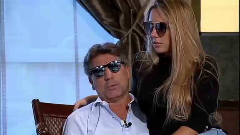 Renato ga cho comemora t tulo do gr mio da copa do brasil for Renato portaluppi e casado