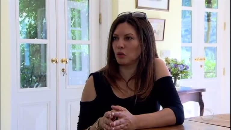 Márcia Goldschmidtabre as portas de sua casa em Portugal e conta porque se afastou da televisão