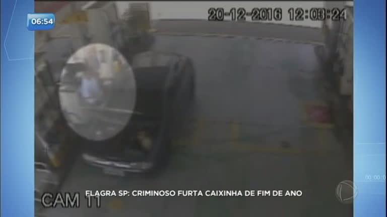 Criminoso furta caixinha de Natal em postos de gasolina