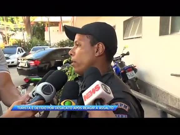 Turista norte-americano é detido por desacato após reagir a assalto