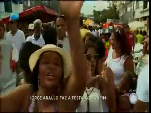 População agita festa do bairro do Bonfim