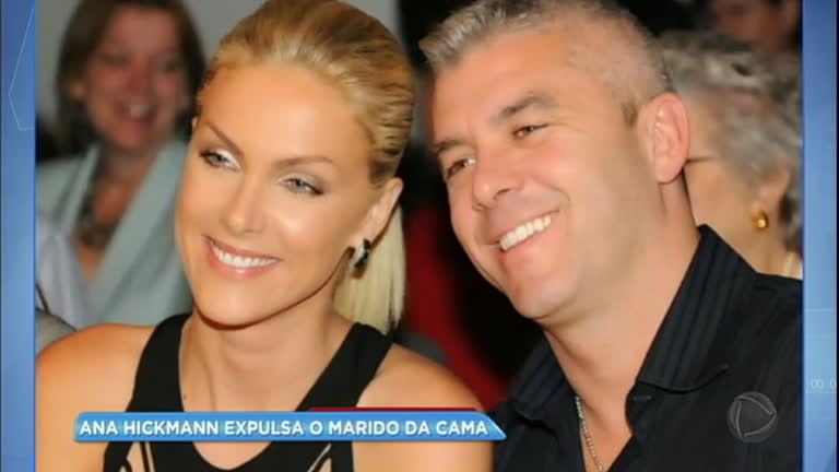 Hora da Venenosa  Ana Hickmann põe o marido para dormir no sofá da sala -  RecordTV - R7 Balanço Geral 43ed248ba2