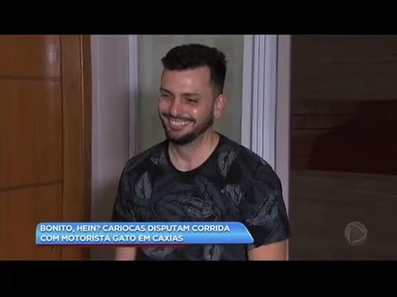 """Motorista eleito """"Uber Gato"""" é disputado em Duque de Caxias"""
