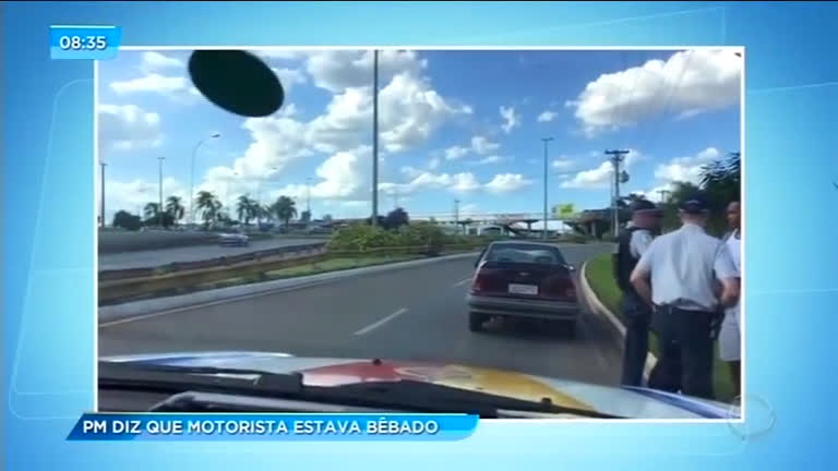 Polícia Militar prende motorista embriagado em estrada