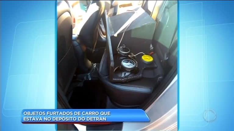 Motorista de veículo apreendido pelo Detran reclama de objetos furtados