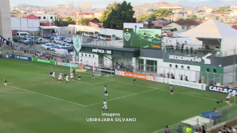 Atlético dá show e goleia Fluminense pelo Campeonato Brasileiro - Minas  Gerais - R7 MG no Ar dcf3ad329ce43
