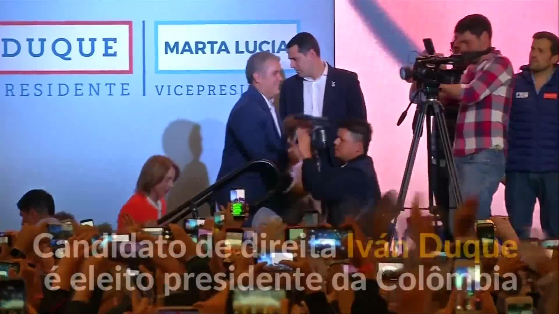 Colômbia: Iván Duque é eleito presidente e pode revisar acordo de paz