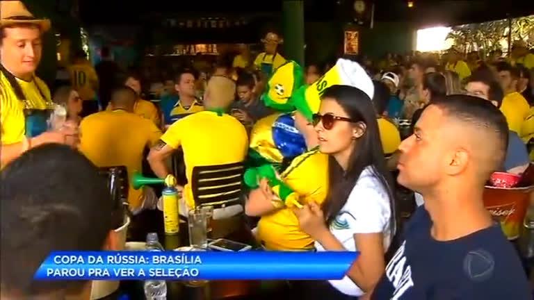 Moradores de Brasília (DF) mudam rotina para acompanhar segundo jogo do Brasil na Copa
