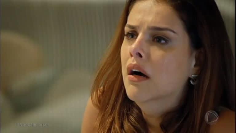 Ricardo ordena que Isabela se mate para provar seu amor e ela obedece