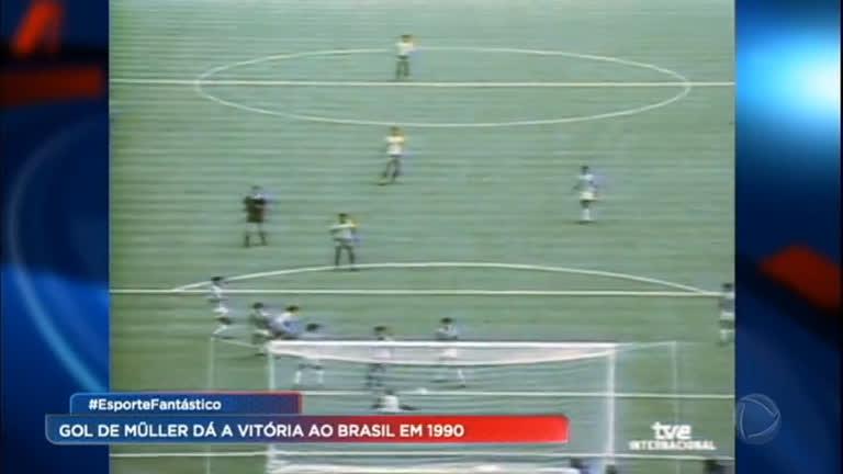 Arquivo Fantástico relembra primeiro jogo entre Brasil e Costa Rica