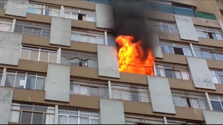 Mulher morre ao tentar de escapar de incêndio em apartamento no ...