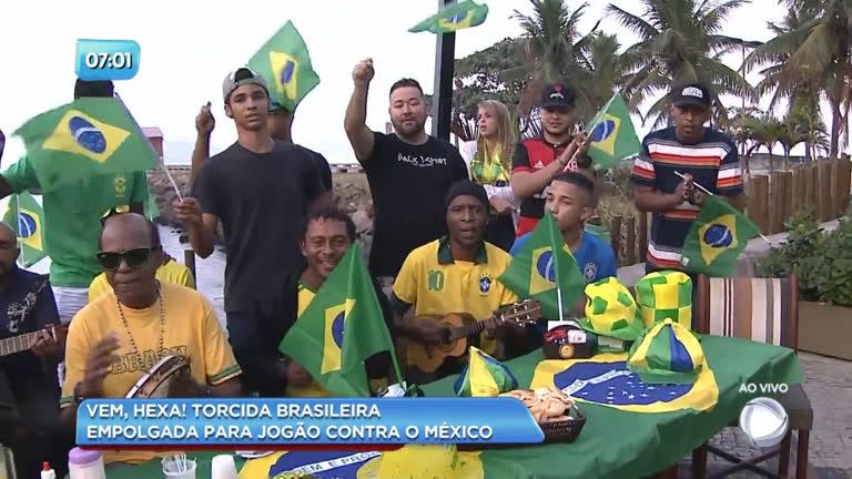 Torcida brasileira se empolga com jogo contra o México - Rio de Janeiro -  R7 Balanço Geral RJ 80fa16e66b8b7
