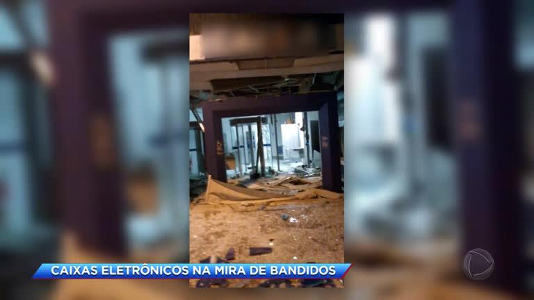 Cresce número de roubos a caixas eletrônicos no Rio