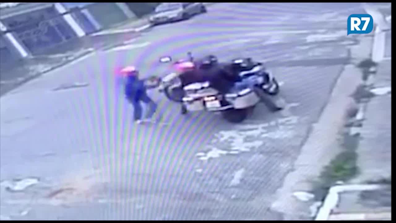 Polícia encontra moto roubada graças a vídeo de ladrão na web - Notícias -  R7 São Paulo efa318978749a